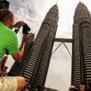 Skip The Line: Petronas Tower Tickets & Free City Tour With Dinner & Dance Show