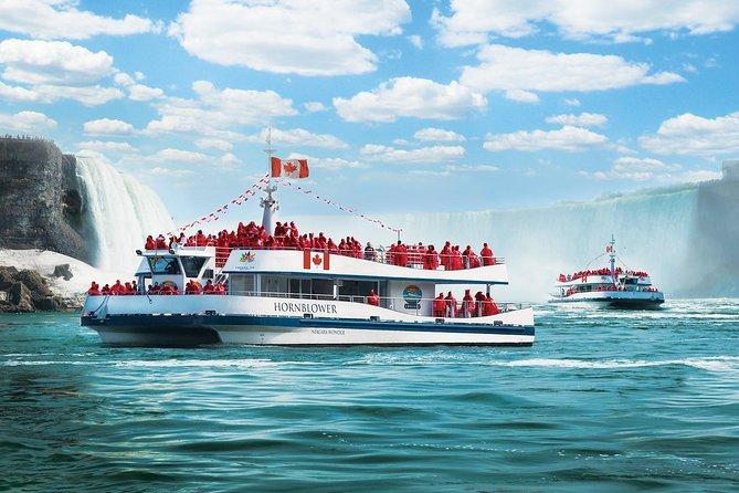Niagara Falls, Canada: Voyage to the Falls Boat Tour in Canada