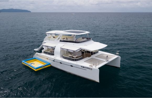 沙巴亞庇淘夢島雙體遊艇一日遊(夕陽巡遊海鮮餐+浮潛+海上玩兒樂項目)