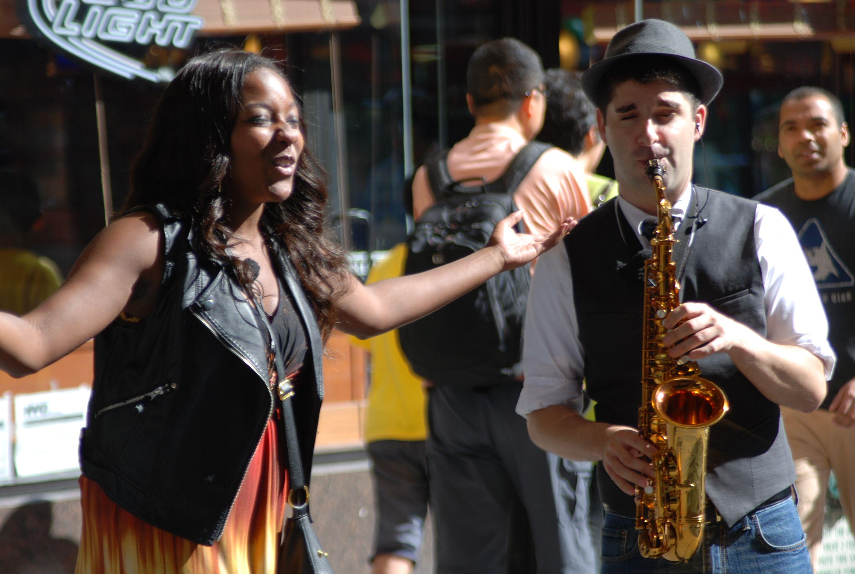 街頭表演秀•紐約流動劇院The Ride 觀光巴士遊