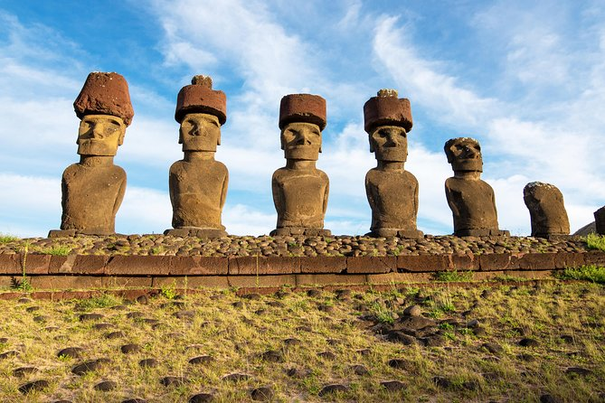 Small-Group Full-Day Easter Island Highlights North and West
