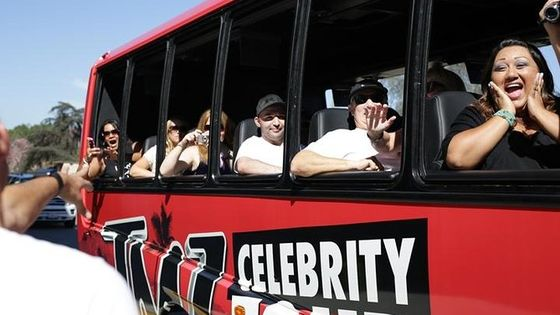 TMZ Hollywood Celebrity Hot Spot Tour in Los Angeles
