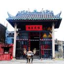 Macau's World Heritage Sites Tour with 1-way Ferry and Pickup from Hong Kong