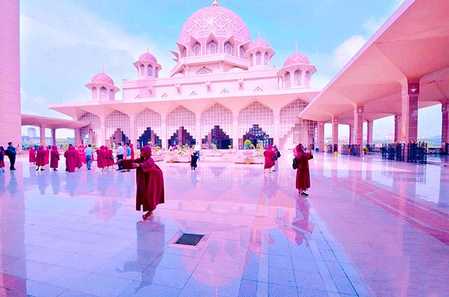 馬來西亞粉紅清真寺+荷蘭紅屋+馬六甲河一日遊(酒店接送)