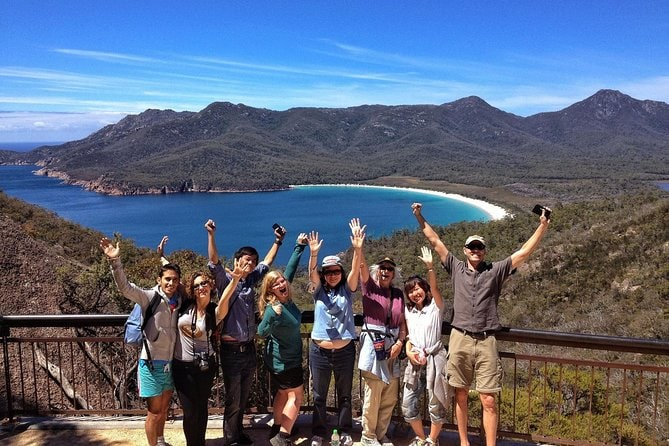 Wineglass Bay and Freycinet National Park Active Day Trip from Hobart
