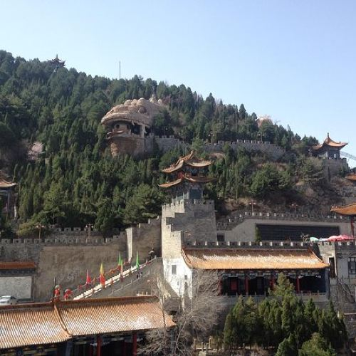 Skip Mountain Bus Waiting: Private Mianshan Day Tour from Taiyuan