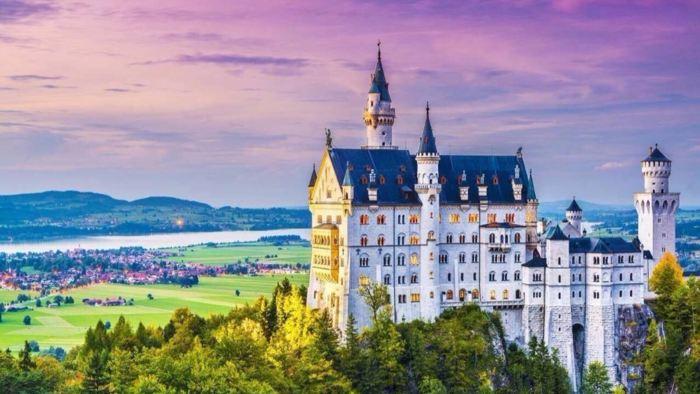 慕尼黑新天鵝堡+壁畫村上阿默高/上阿瑪高+林德霍夫宮 中文/英文一日遊