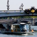 1-Hour Seine River Sightseeing Cruise Ticket with Commentary by Bateaux Parisiens