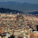 Private 8-hour tour of Barcelona with driver and official tour guide