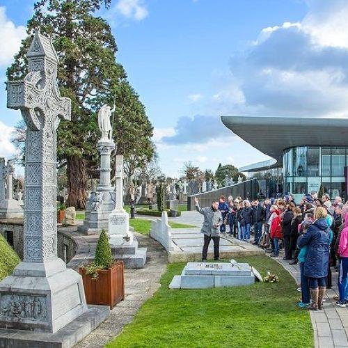 Glasnevin Cemetery Tour in Dublin