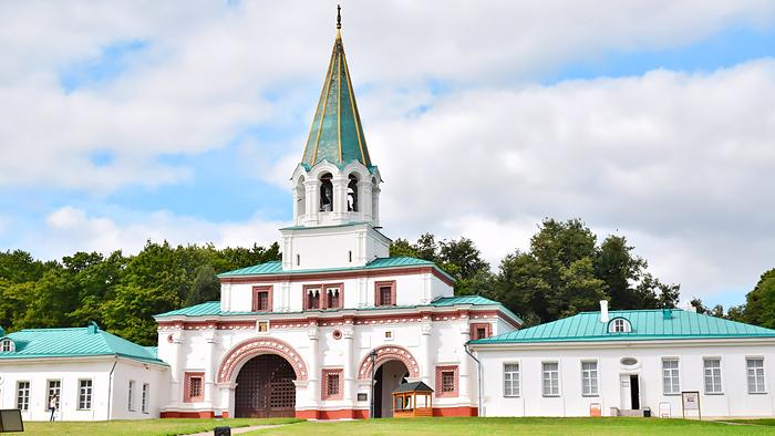 俄羅斯莫斯科  科羅緬斯科皇家莊園+莫斯科打折村一日遊(可選中文/外籍司導+輕鬆購物)