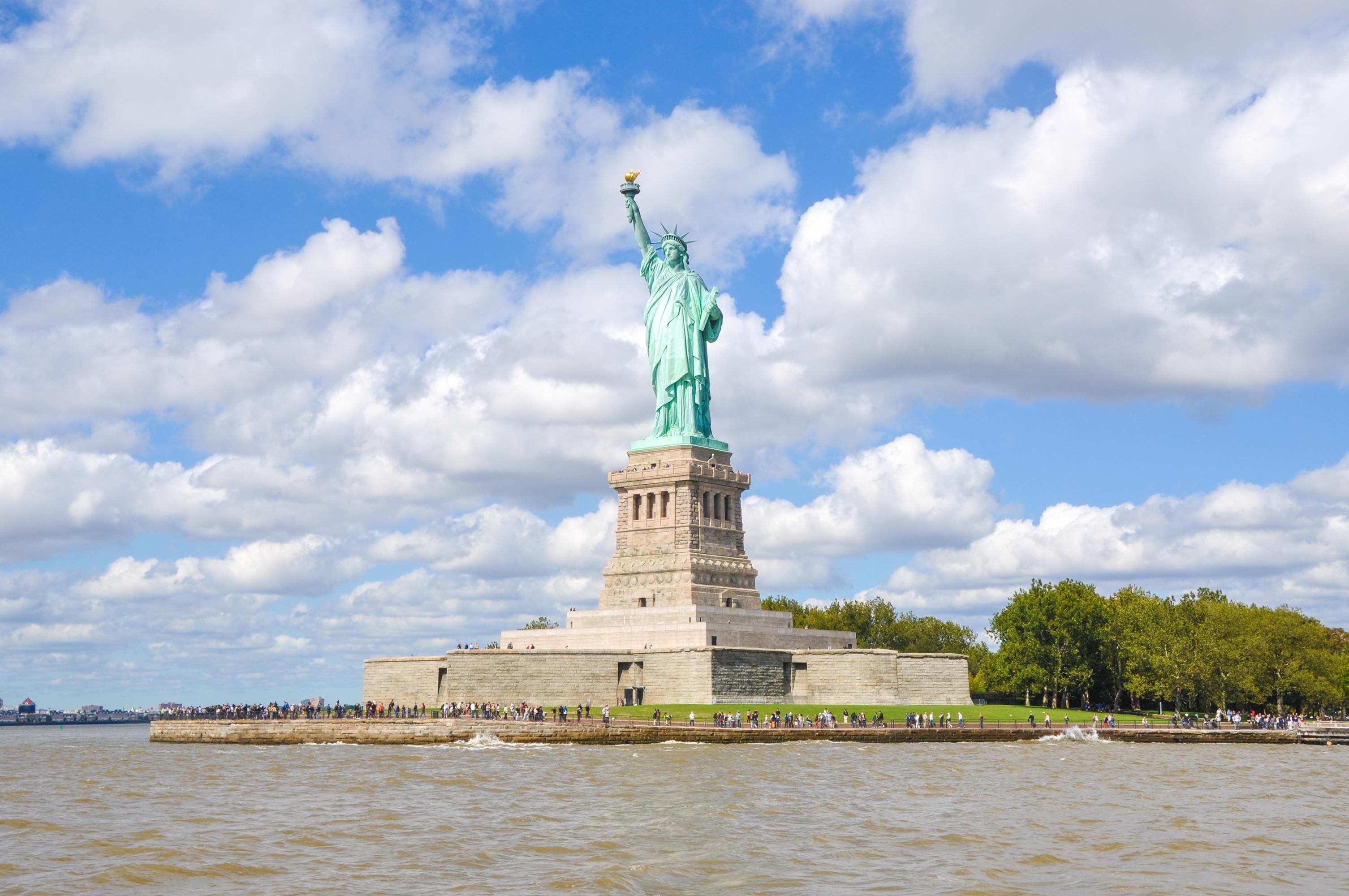 紐約帝國大廈+自由女神像巡航+可選大都會等多線路一日遊(門票全含/保證成行/天天發團)