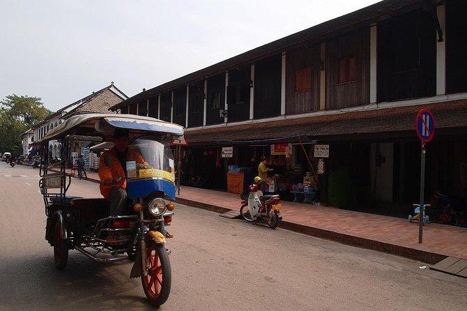 Private Full-Day Luang Prabang Temples by Tuk-Tuk