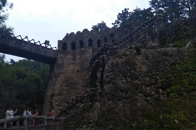 Private Chandigarh Sightseeing City Tour