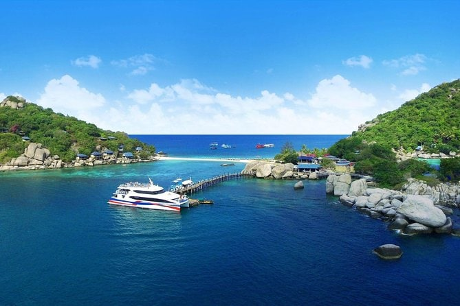 Koh Tao to Surat Thani Airport by Lomprayah High Speed Catamaran and Minivan