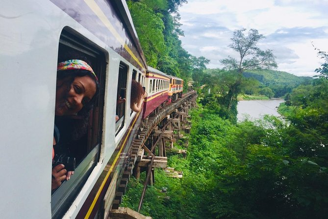 Private Tour : Bridge over River Kwae and Death Railway