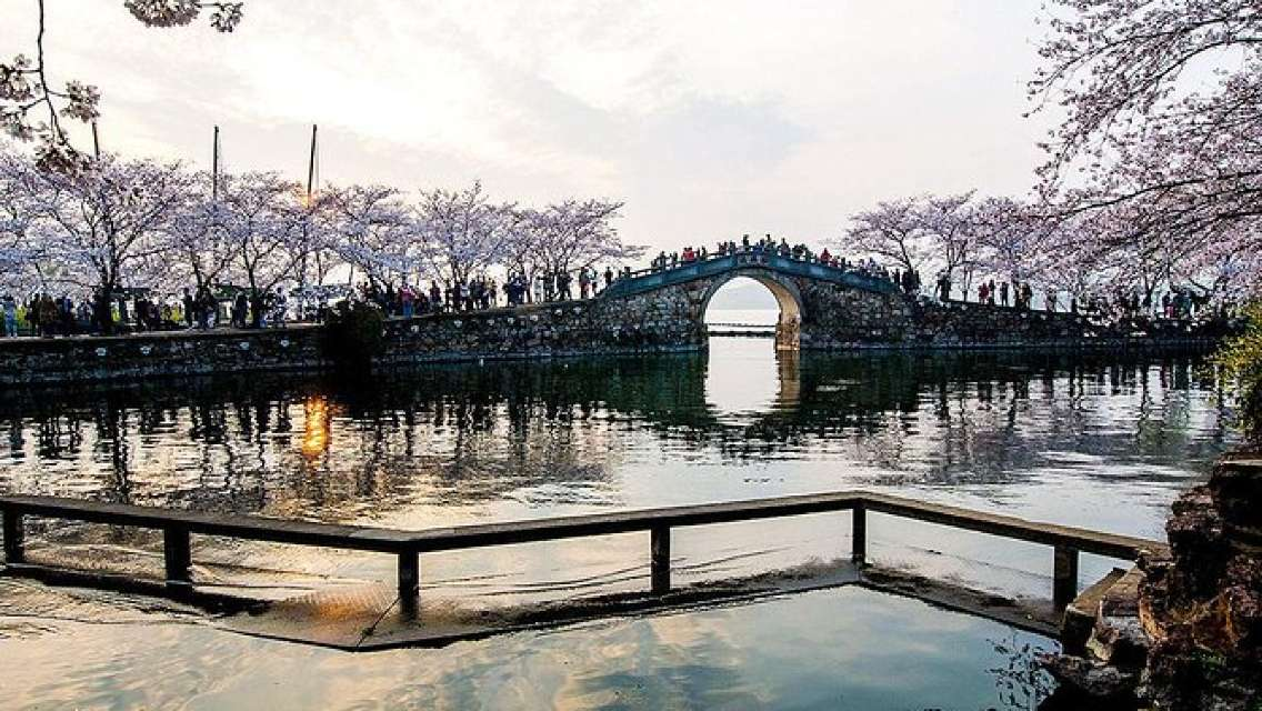 Independent Tour of Wuxi from Shanghai