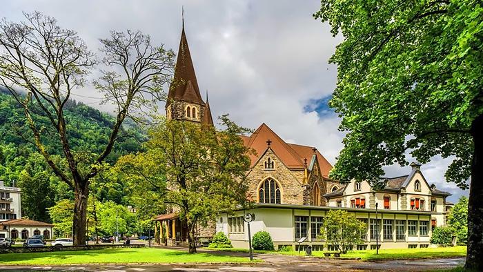 Interlaken & Grindelwald Day Tour (Round-trip transfer from Zurich)