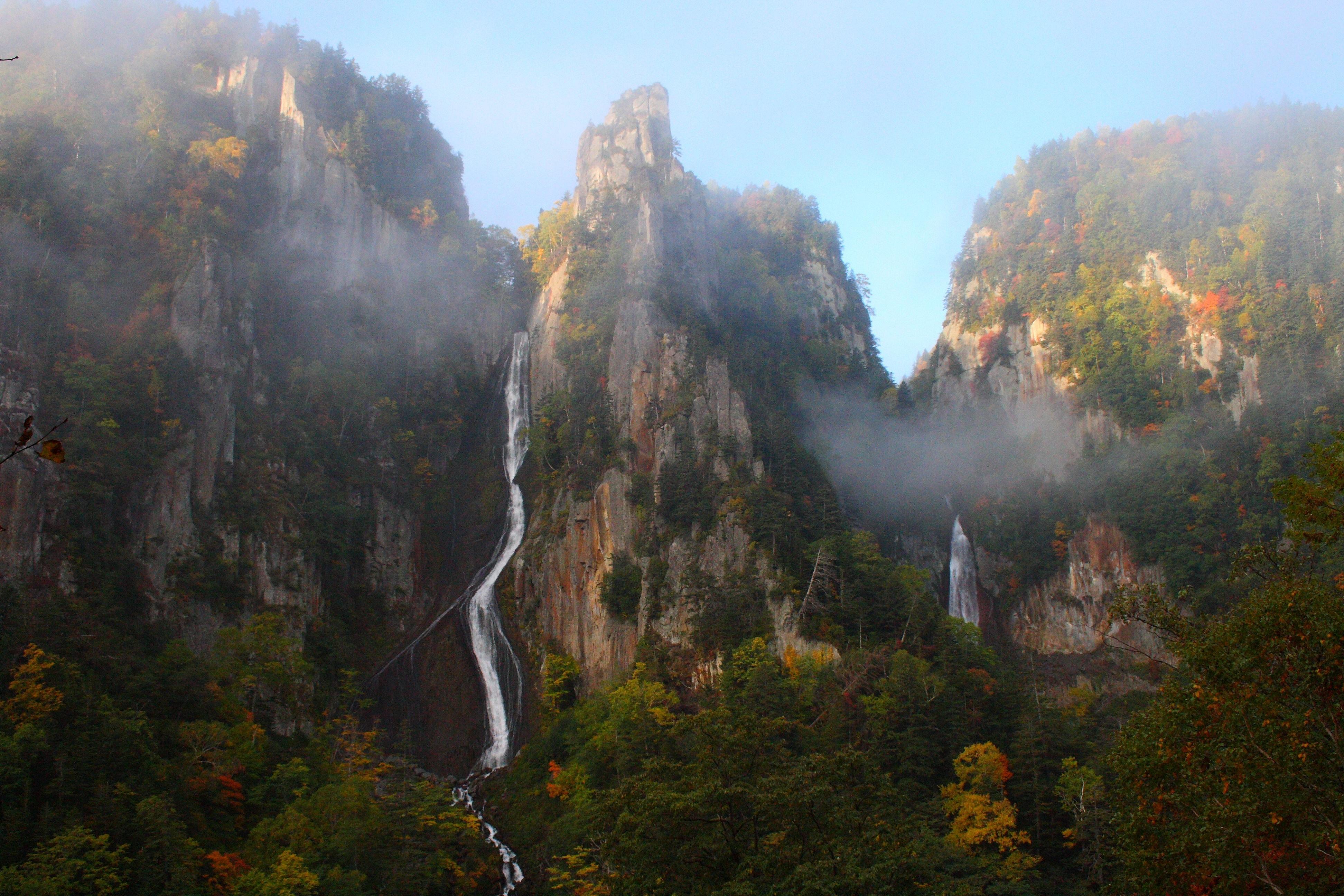 日本北海道札幌黑岳漫步層雲峽溫泉一日游(黑岳漫步+層雲峽溫泉一日游)
