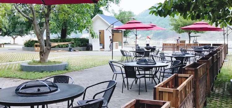 Jilongbao Resort3