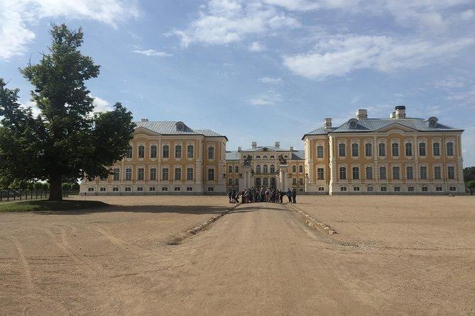 Riga to Vilnius via Bauska Castle, Rundale Palace & the Hill of Crosses