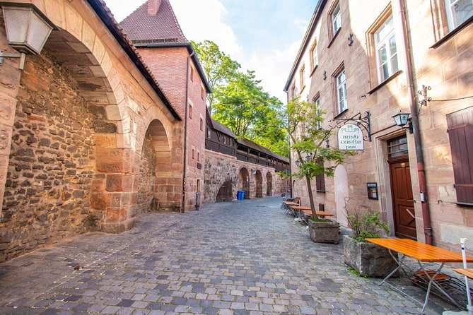 Discover Nuremberg's Art and Culture with a Local