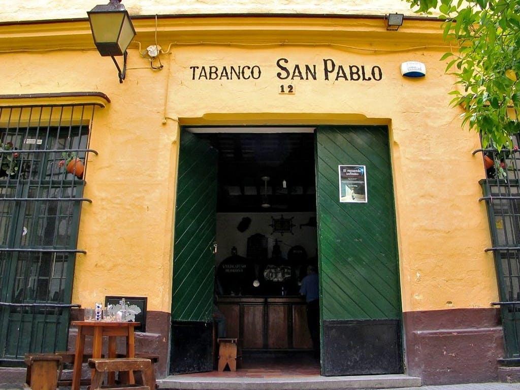 Jerez tapas tour with Spanish dishes