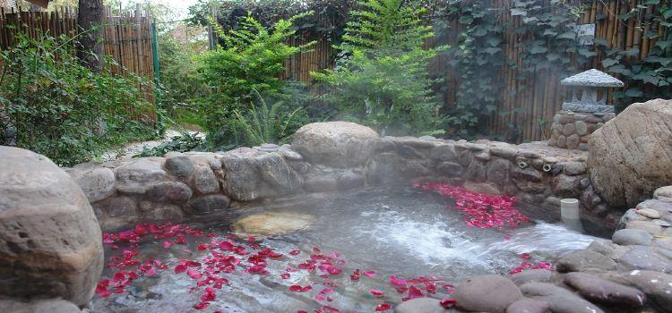 Yingyuetan Hot Springs2