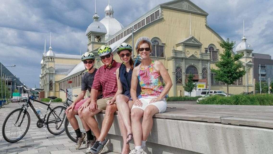 Best of Ottawa Neighbourhoods & Nature Bike Tour