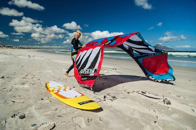 Kitesurfing lessons in Tarifa for Beginners and Avanced levels