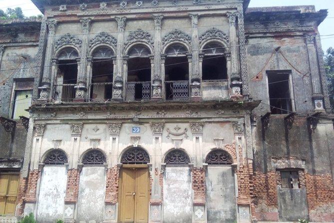 Private Tour to Sonargaon and Jamdani Weaving Village
