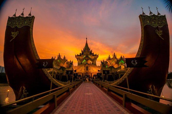 Culture Show at Karaweik Palace Yangon with International Buffet Dinner