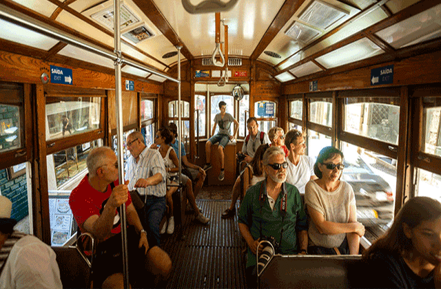 리스본 : 28번 트램 & 워킹 투어