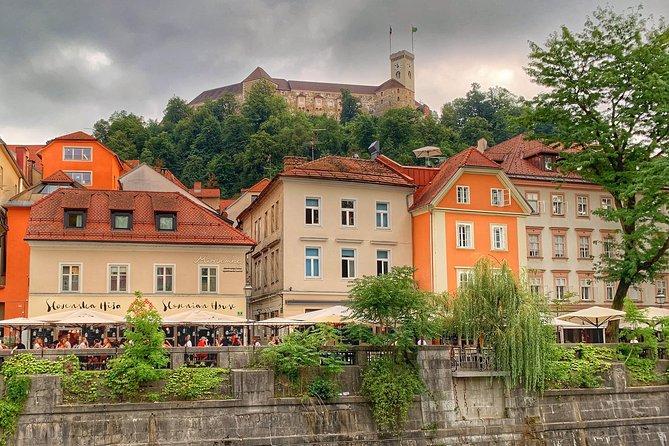 From Zagreb to Ljubljana or vice versa - Private one-way transfer