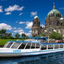 See all of Berlins EAST and WEST from the water in 3,5 hour