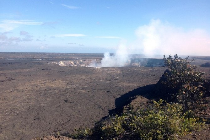 Kilauea Summit to Shore from Hilo: Small Group