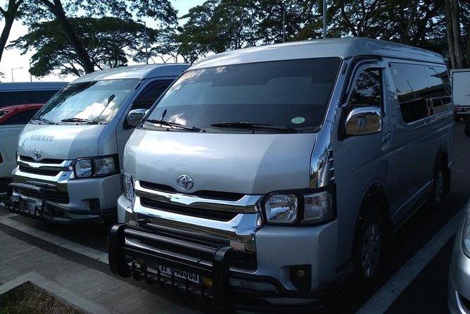 Private transfer: Puerto Princesa Airport to El Nido Van - 10PAX