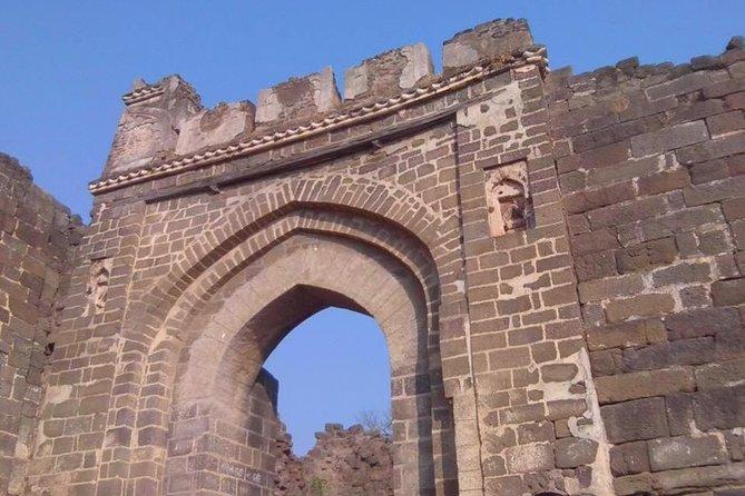 Private Tour Ellora Caves And Bibi Ka Maqbara Aurangabad with Guide & Entrances