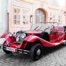 Prague Private Sightseeing tour by vintage car - 1 hour