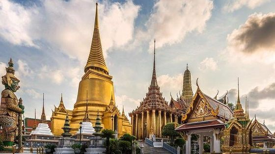 Royal Grand Palace and Bangkok Temples: Half Day Tour