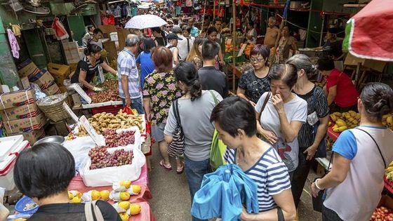 Kowloon Night Street Food Tour