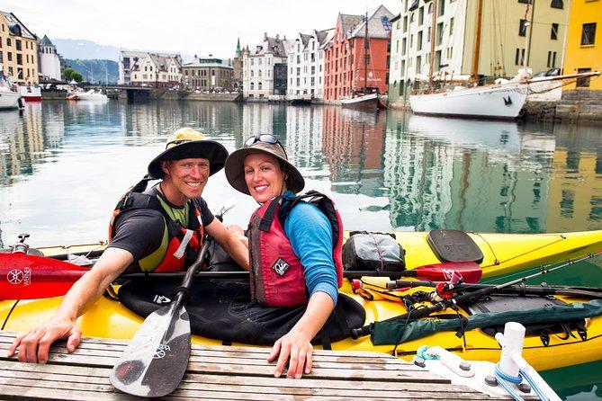 Kayaking in Ålesund Roundtrip