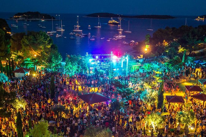 Hvar nightlife tour from Split