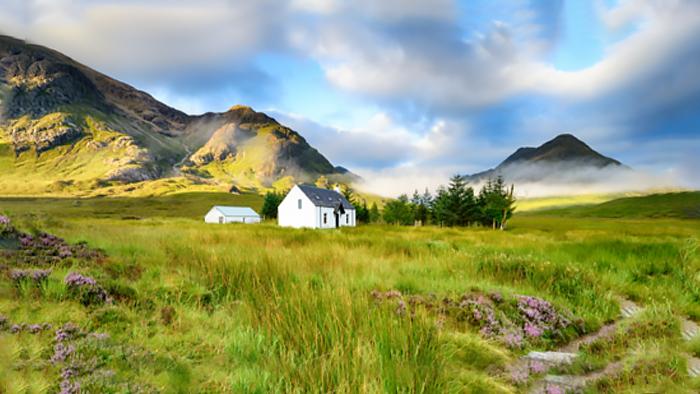 英國尼斯湖+格倫科峽谷+蘇格蘭高地+經典午餐/遊船體驗二選一 一日遊(英文導遊+舒適巴士團)