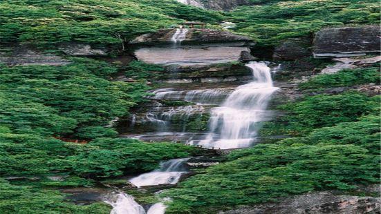 青雲山九天瀑布