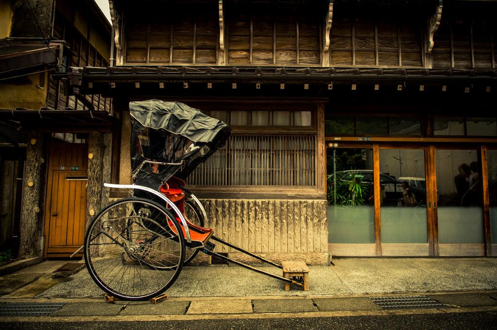 【人力車體驗】鎌倉風情之旅・源賴朝舊跡、鶴岡八幡宮