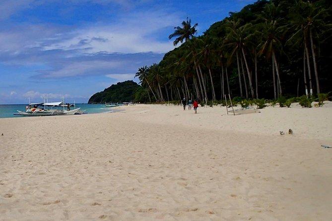 Boracay Island Hopping W/ Lunch (halfday)