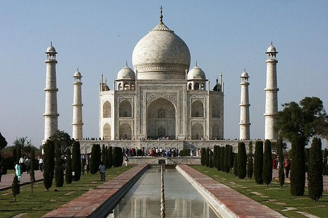 Day Trip to The Taj Mahal, Agra from Chennai with Commercial Return Flights