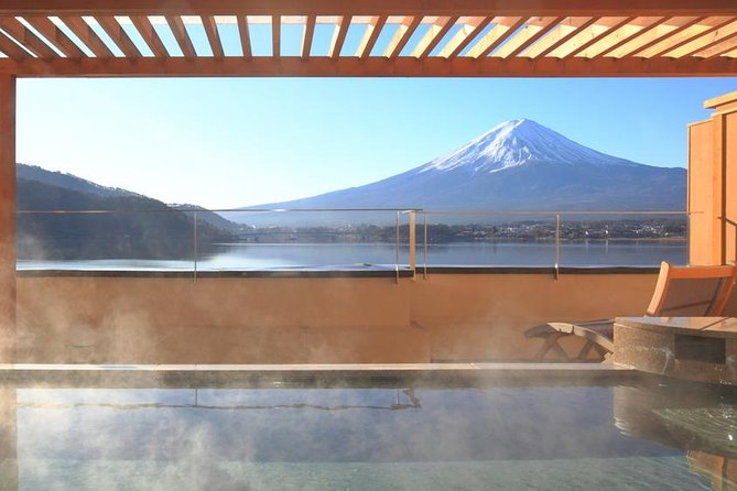 Mt. Fuji,Onsen Experience & Outlets Shopping 1-Day Tour from Tokyo