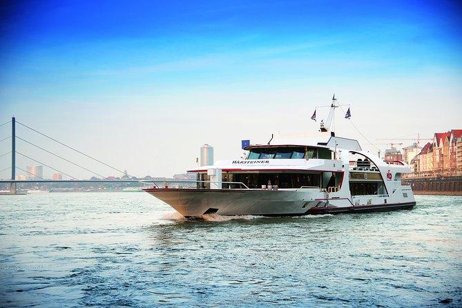 Düsseldorf Sightseeing round-trip Cruise